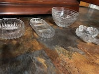 two clear cut glass bowls Lubbock, 79401
