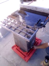 """Delta Rockwell 9"""" Contractor's Table Saw"""