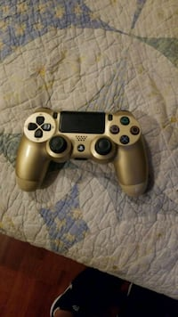 gray Sony PS4 Dualshock 4 controller Lancaster, 93535