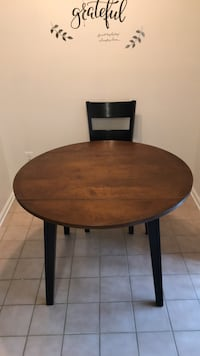 Kitchen table with 2 chairs  Mays Landing, 08330