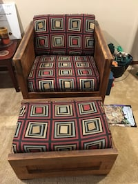 Solid wooden easy chair Austin, 78723