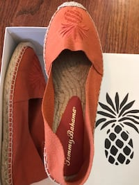 Woman's authentic Tommy Bahama shoes Silver Spring, 20904