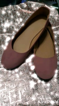 New rosewood color size 6 taking offerts  Las Vegas, 89108