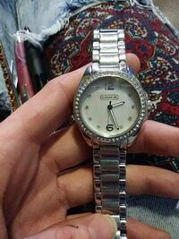 Mother of pearl women's couch watch
