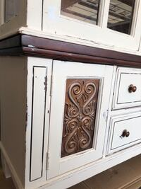 painted and distressed old hutch Bettendorf, 52722