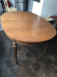 Solid wood antique table Toronto, M6K 2E3