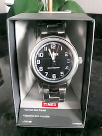 round silver-colored analog watch with link bracel Kitchener, N2N 3G4