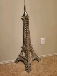Metal Eiffel Tower Decoration