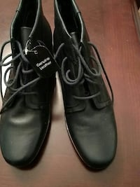 Brand new hard to find navy blue leather booties Crossville