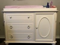 White wooden dresser with cabinet Keithville, 71047