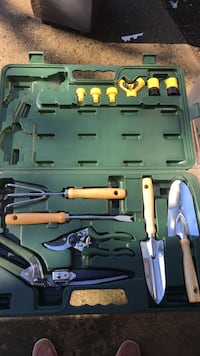 assorted gardening tool set Alexandria, 22310