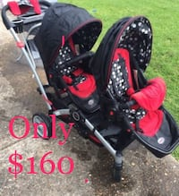 Baby's black and red travel system Oakland, 94611