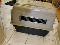 "Dog crate 32""  Brampton, L6R 1L5"