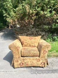 brown and beige floral fabric sofa chair Innisfil