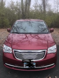 Chrysler - Town and Country - 2014 Minneapolis, 55414