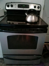 black and gray induction range oven Saskatoon, S7L 2Z4