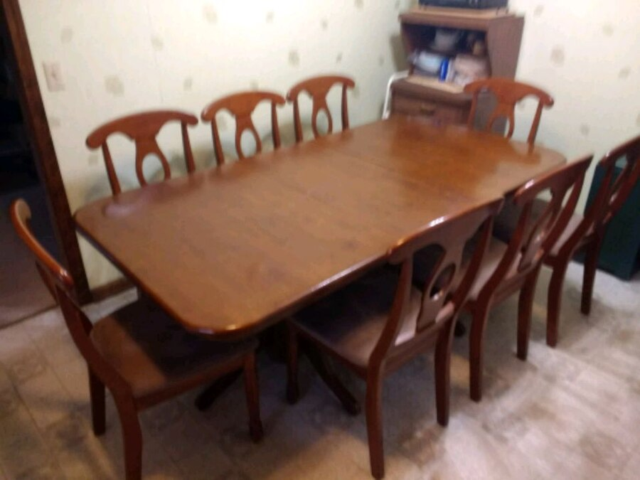used dining table 8 upholstered chairs for sale in powder springs rh gb letgo com