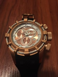 Round silver chronograph watch with link bracelet Indianapolis, 46240