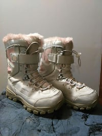 Quest Thinsulate Insulation Girls Snow Boots  Accokeek, 20607