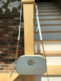 Gucci white bag Burlington, 06013