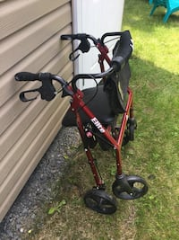 Walker with seat and storage  Laval, H7L 3H3