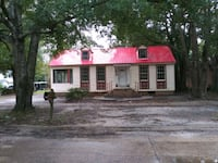 HOUSE For Sale  3BR 2BA. Includes a separate apart Mobile