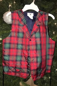 Young man's Christmas vest.  Hendersonville, 37075
