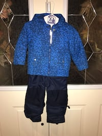 Columbia size 4 snowsuit  Vaughan, L4H