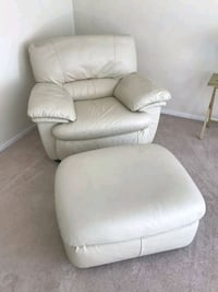 Leather Chair with Matching Foot Rest Danbury