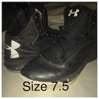 pair of black Under Armour basketball shoes Fenton, 63026