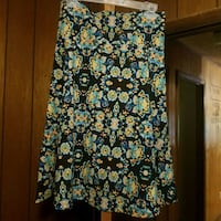 black, white, and green floral skirt Blairsville, 30512