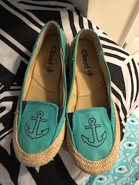 Anchor slip on shoes  Knoxville, 37921