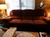 brown leather 3-seat sofa Cleveland, 44134