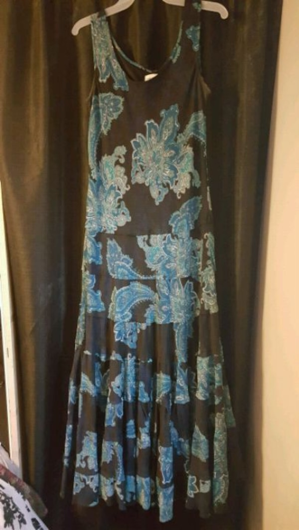50760444c3 Used Chicos maxi dress for sale in Tucker - letgo