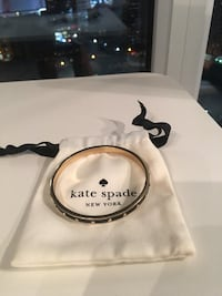 Black and gold lacquer Kate Spade bangle  Toronto, M5B 2R9