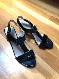 New! Kenneth Cole patent leather sandals