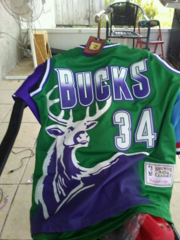 online retailer 86888 4b0ea ray allen throwback bucks