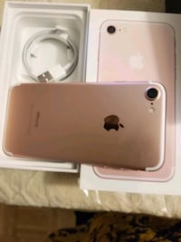Iphone 7 32gb unlocked Mississauga, L5C 2E7