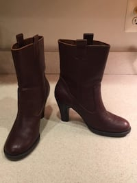 Ladies Brown Genuine Leather Cowboy Style Ankle Boots Size 7  Lansdowne
