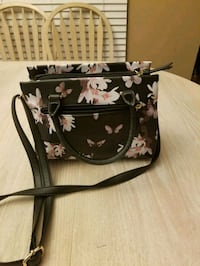 Cute purse  Surrey, V3R 0A1
