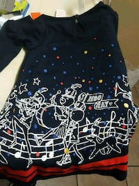 black and blue floral print sleeveless blouse Port Coquitlam, V3B 1A5