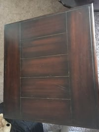 Wood coffee table and matching end table Edmond, 73025