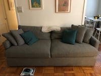 """Crate and Barrel """"Lounge"""" sofa CAPITOLHEIGHTS"""