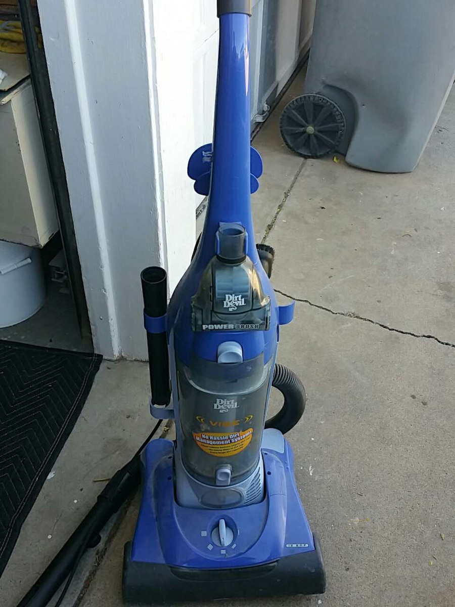 blue and black dirt devil upright vacuum cleaner for sale  El Paso