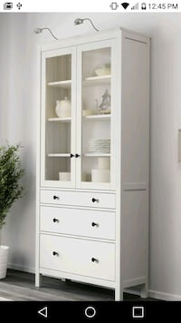 NEW! WHITE PINE GLASS DOOR CABINET WITH 3 DRAWERS Plantation, 33322