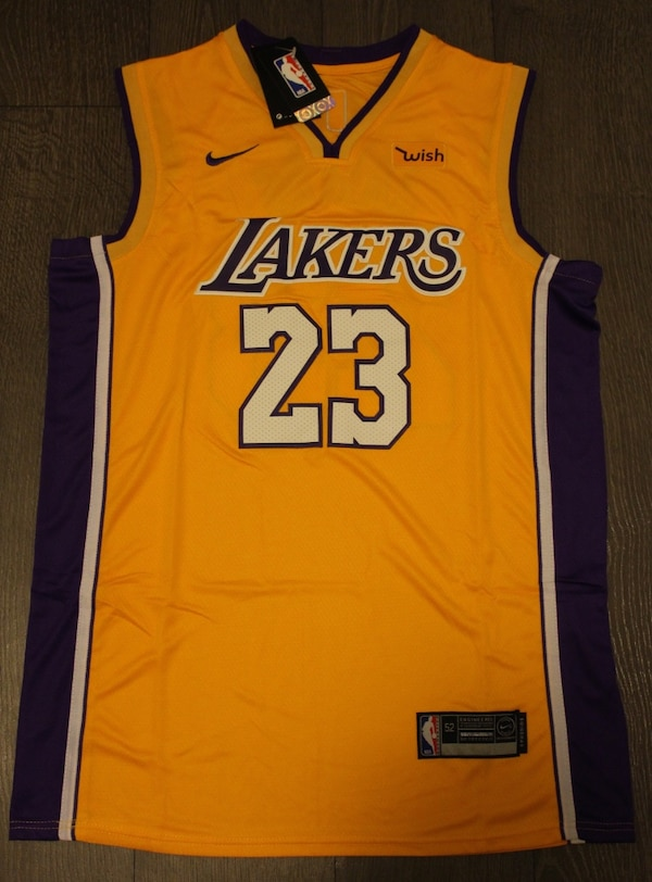 708b2856e Brukt LeBron James Los Angeles Lakers Yellow Jersey til salgs i Vaughan -  letgo