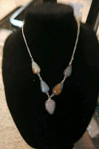 silver-colored and white pearl necklace Prescott, 86305