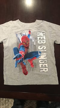 Spider man t shirt. Size 5/6 boys  540 km