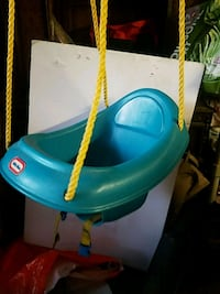 Litle Tikes swing Northport, 11768