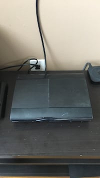Black sony ps3 super slim Lindenhurst, 11757
